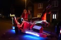 Hinckley Rounds Table-Santa